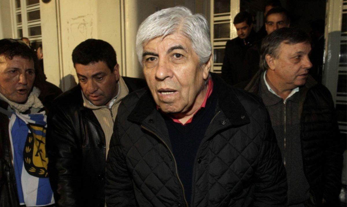 Hugo Moyano llegó a una tregua con el gobierno