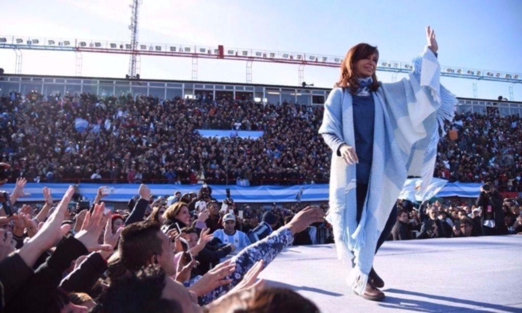 El emotivo mensaje en Twitter de Cristina tras el masivo acto