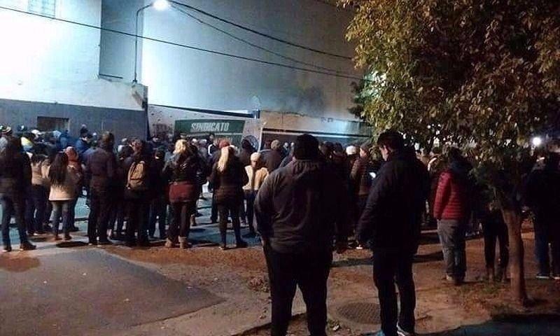Trabajadores despedidos tomaron la planta — PepsiCo