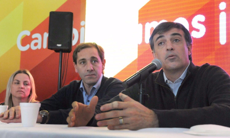 Esteban Bullrich salió a apoyar el debate sobre Maldonado en las escuelas