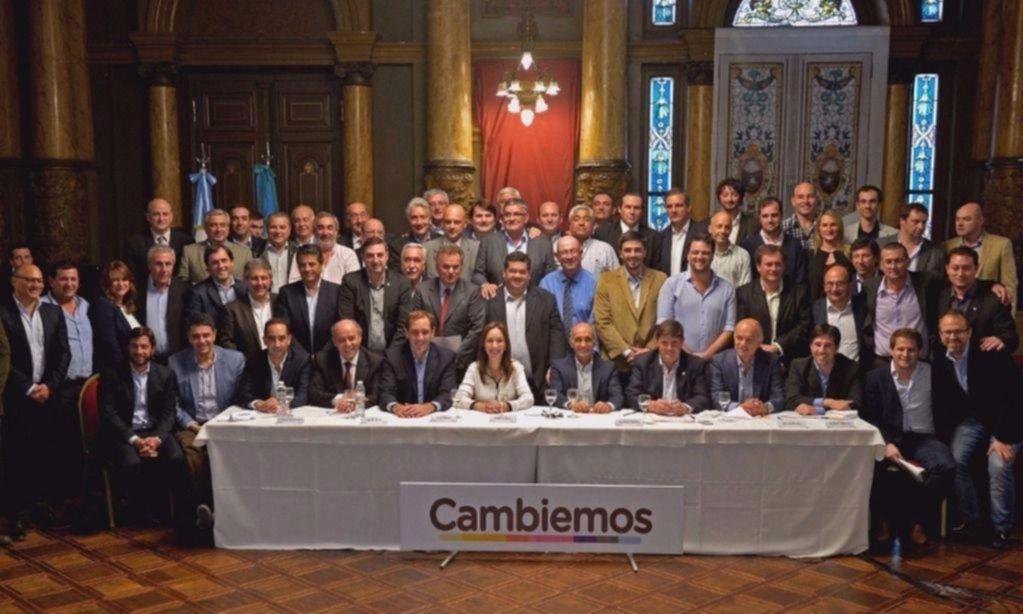 Los intendentes de Cambiemos escuchan a Vidal