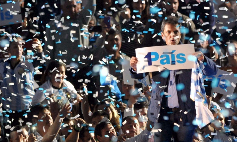 Todos los espacios políticos suspendieron las campañas por el caso Maldonado
