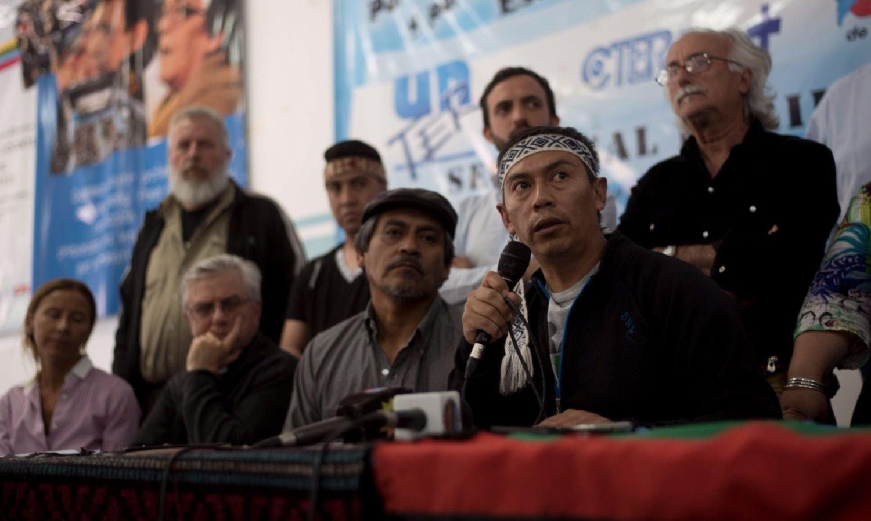 Mapuches avisan que no se van a ir de Villa Mascardi