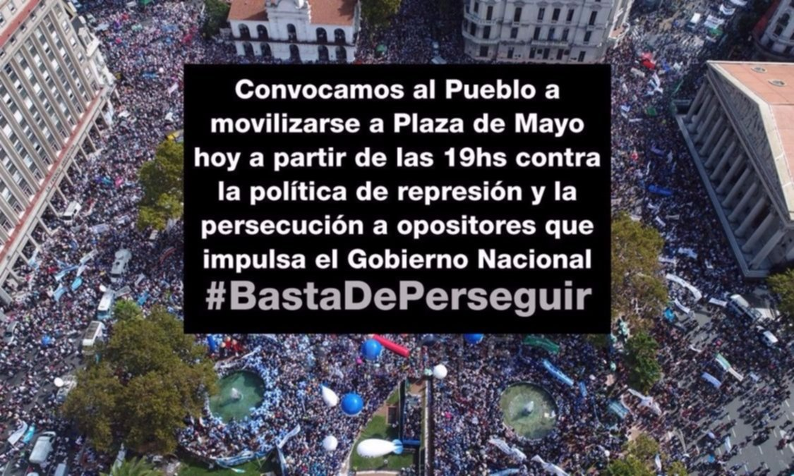 Comienzan a llegar las columnas a Plaza de Mayo