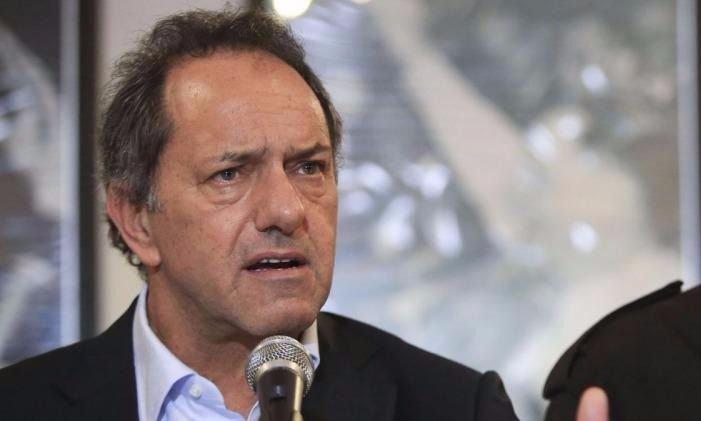 Mientras Scioli 'banca' a CFK, la Justicia allana su inmobiliaria