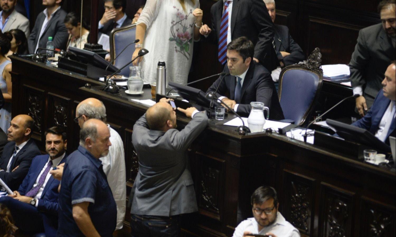 Secco denunció a Ritondo y Vidal — Contraofensiva