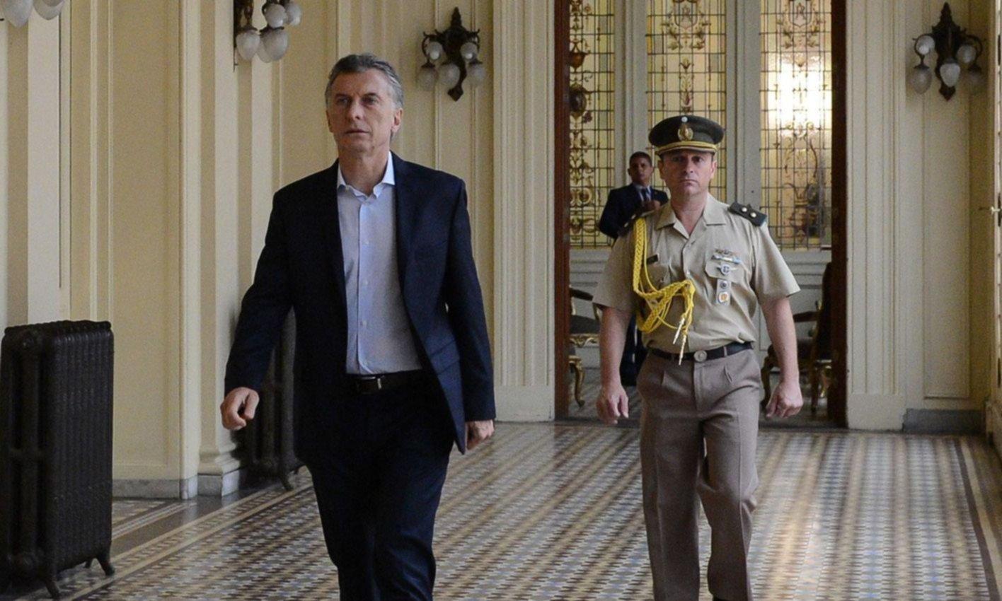 Macri firmó el decreto del bono compensatorio para jubilados