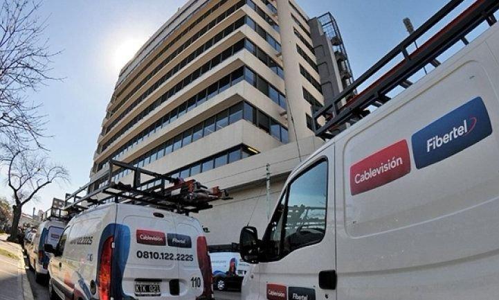 Enacom aprobó la fusión de Telecom con Cablevisión — Más concentración