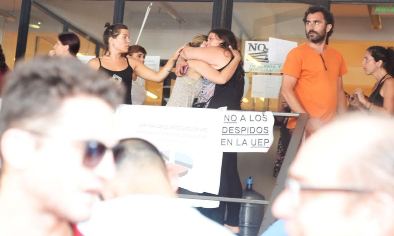 Marcha de los trabajadores de UEP contra el cierre y los despidos