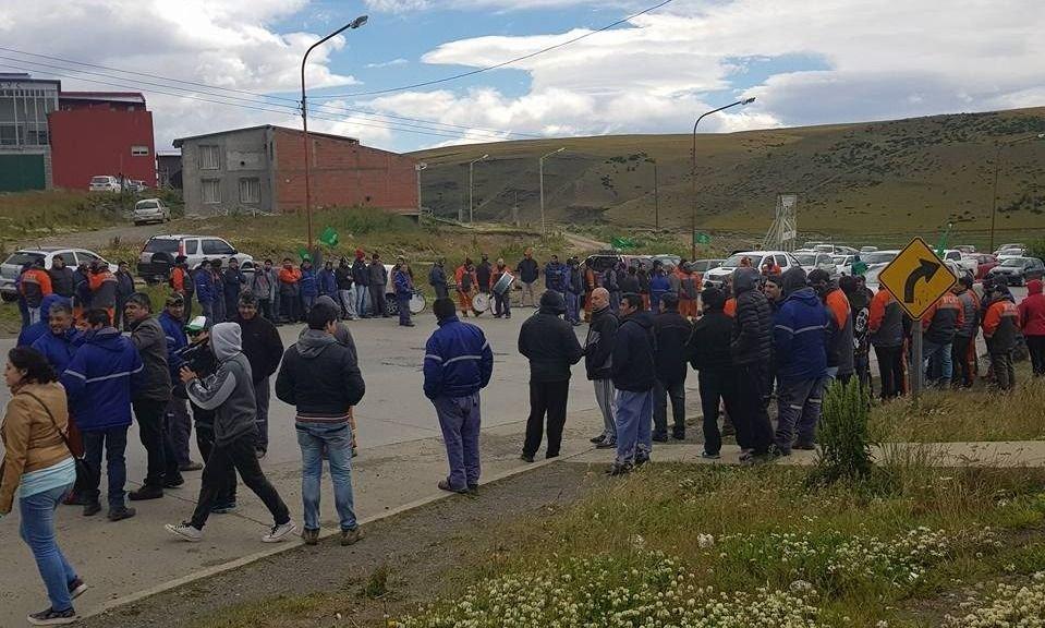Plan de ajuste en el sur: despidos en Río Turbio e YPF
