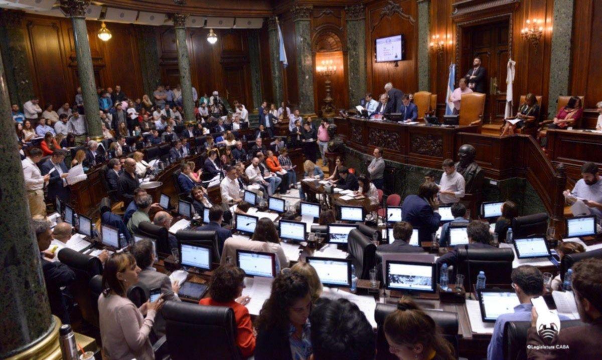 Fumata blanca del PRO, el PJ y la UCR en la Legislatura porteña