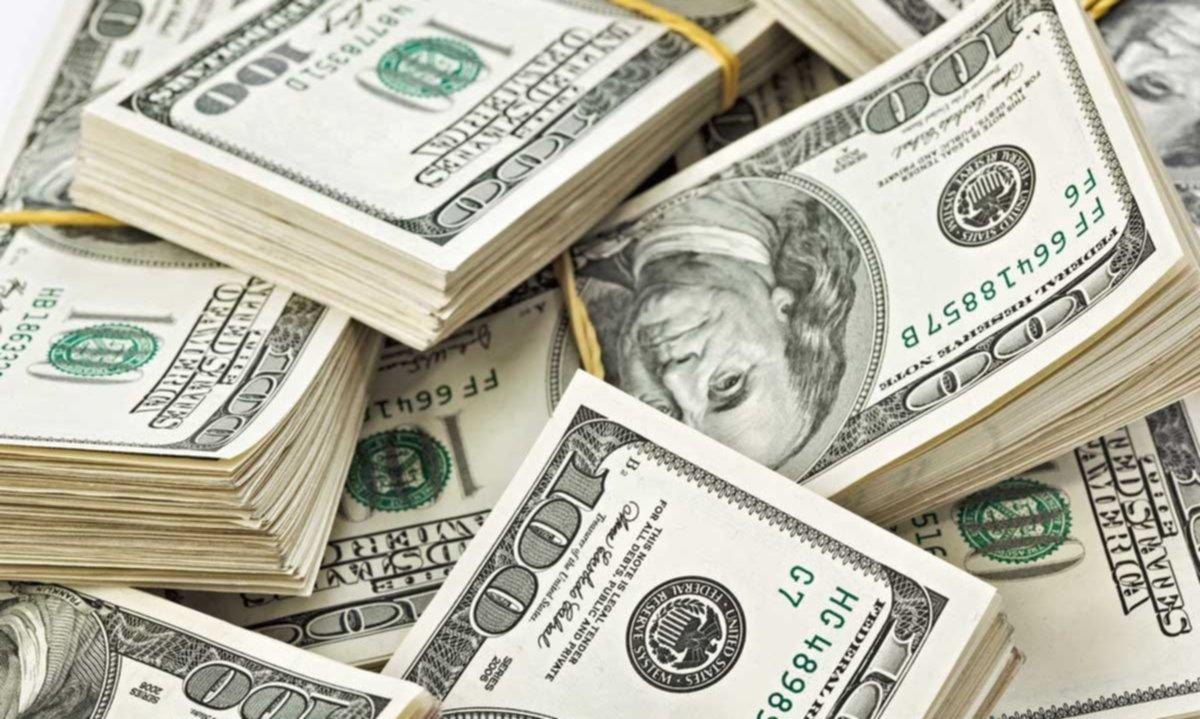 $21 ahora, $23 a fin de año: la proyección del dólar según los economistas