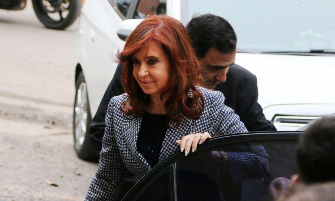 Bonadio envió a juicio a CFK, ex funcionarios y empresarios por el gloriagate