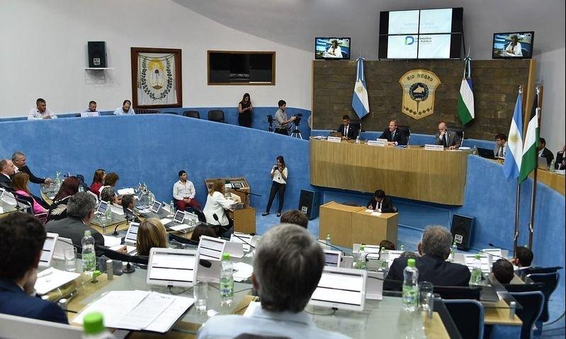 La legislatura de Río Negro vuelve a funcionar con comisiones online