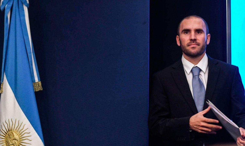 """Guzmán admitió que es """"escaso"""" el margen para modificar la oferta a bonistas"""