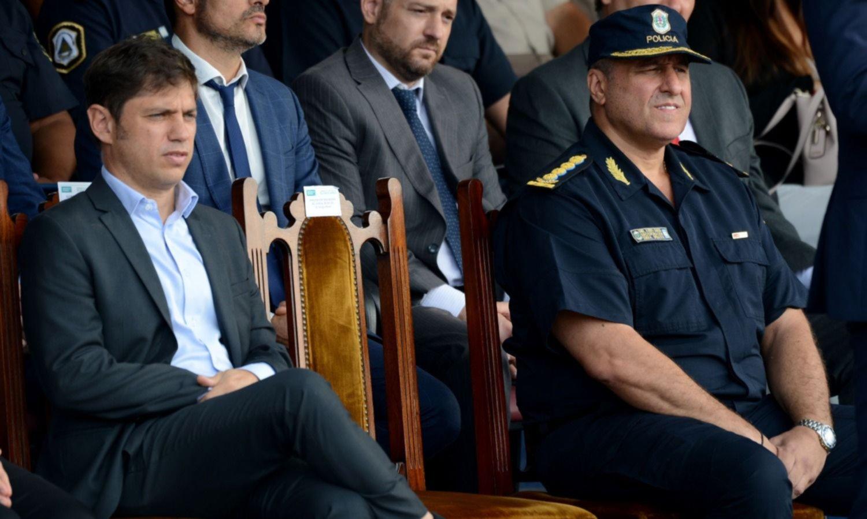 Kicillof centraliza el mando policial y abre el juego a los intendentes
