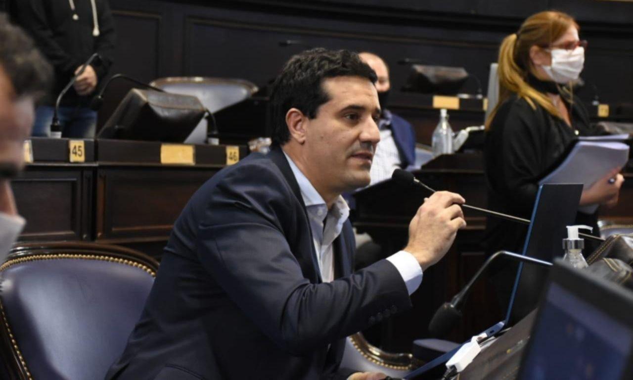 Abad quiere volver a las sesiones presenciales y pide dinamismo legislativo