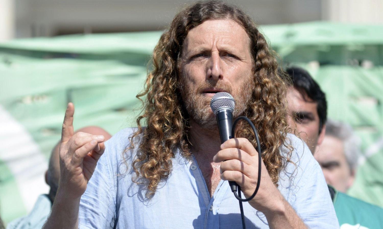 """Estatales le piden a Kicillof que convoque """"urgente"""" a la discusión salarial"""