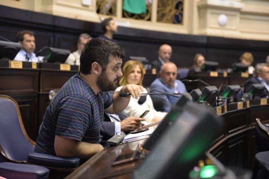 Diputados bonaerenses buscan que los bancos paguen más para costear la crisis
