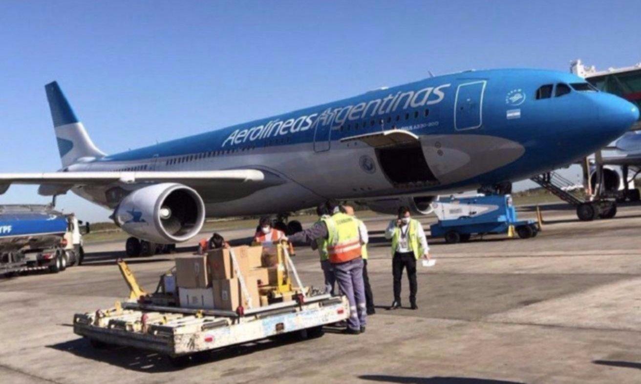 Moyanistas y CTA avisan: no aceptan recortes salariales en Aerolíneas