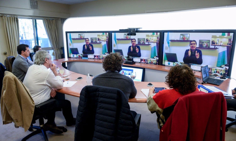 Antes de extender la cuarentena, Fernández dialoga con gobernadores
