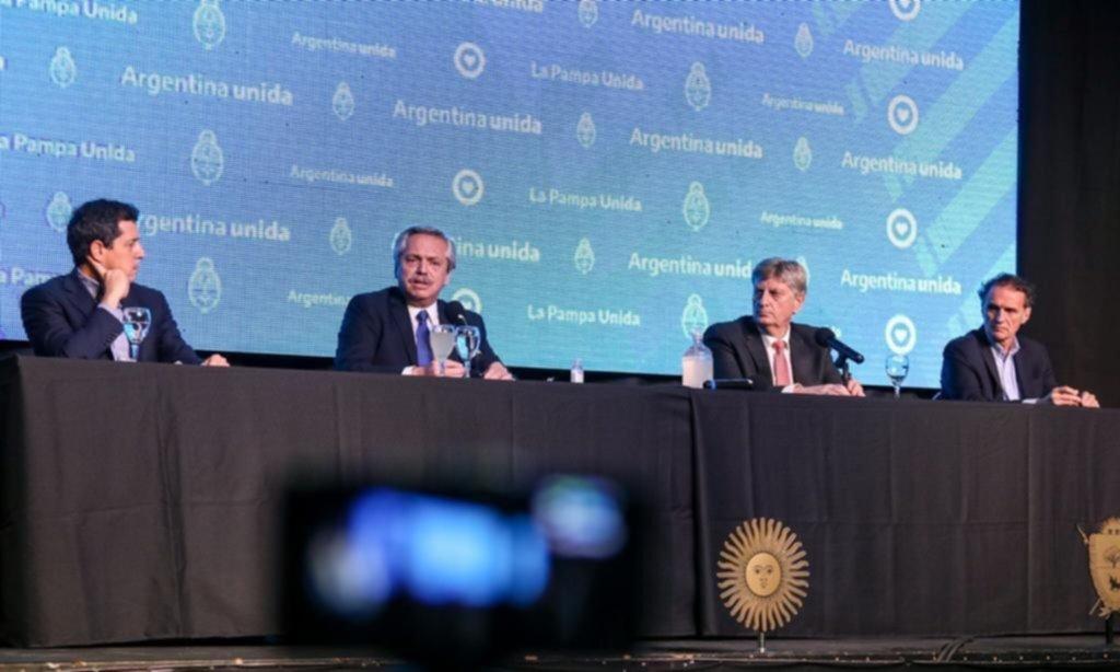 El laudo de Portezuelo dominó la agenda de Fernández en el sur