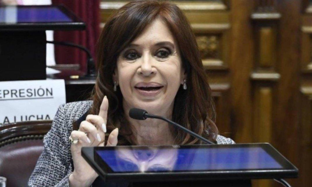 Cristina Kirchner pidió ir a juicio oral en la causa del gloriagate