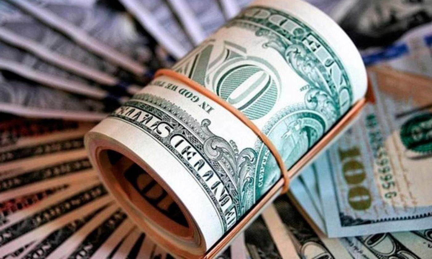 El Banco Central pone más restricciones a empresas que quieran comprar dólares