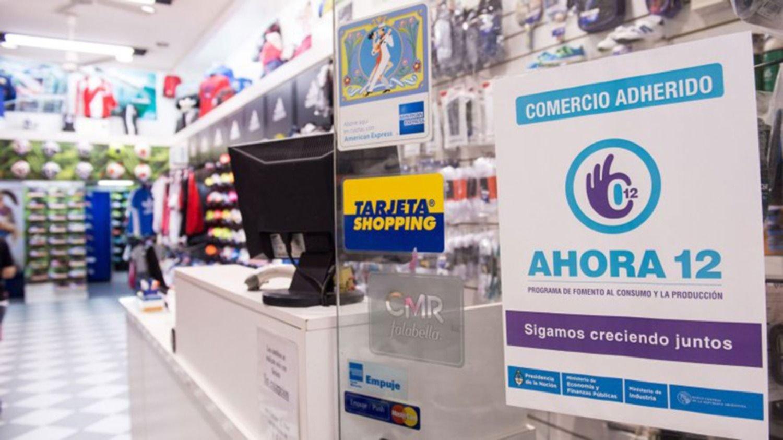 El Gobierno prorrogó el Ahora 12 hasta fin de año para incentivar el consumo