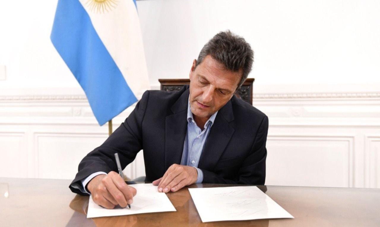 Ante denuncias de roturas de silobolsas, Massa impulsa reforma del Código Penal
