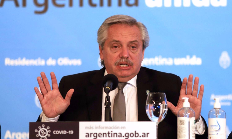 Tras la tensión, Fernández debuta en la cumbre del Mercosur