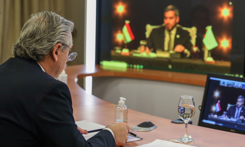 Prudente distancia: el Mercosur expuso sus grietas, con Fernández contra todos