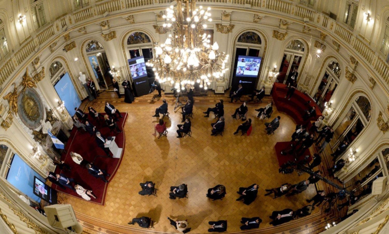 Reforma judicial: la foto del anuncio reveló sociedades clave en el Congreso