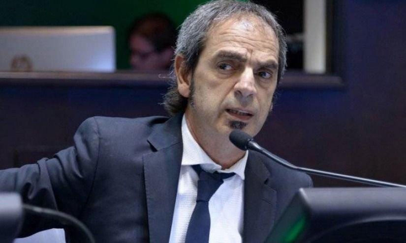 Giacobbe respaldó el pedido de endeudamiento que Kicillof giró a la Legislatura