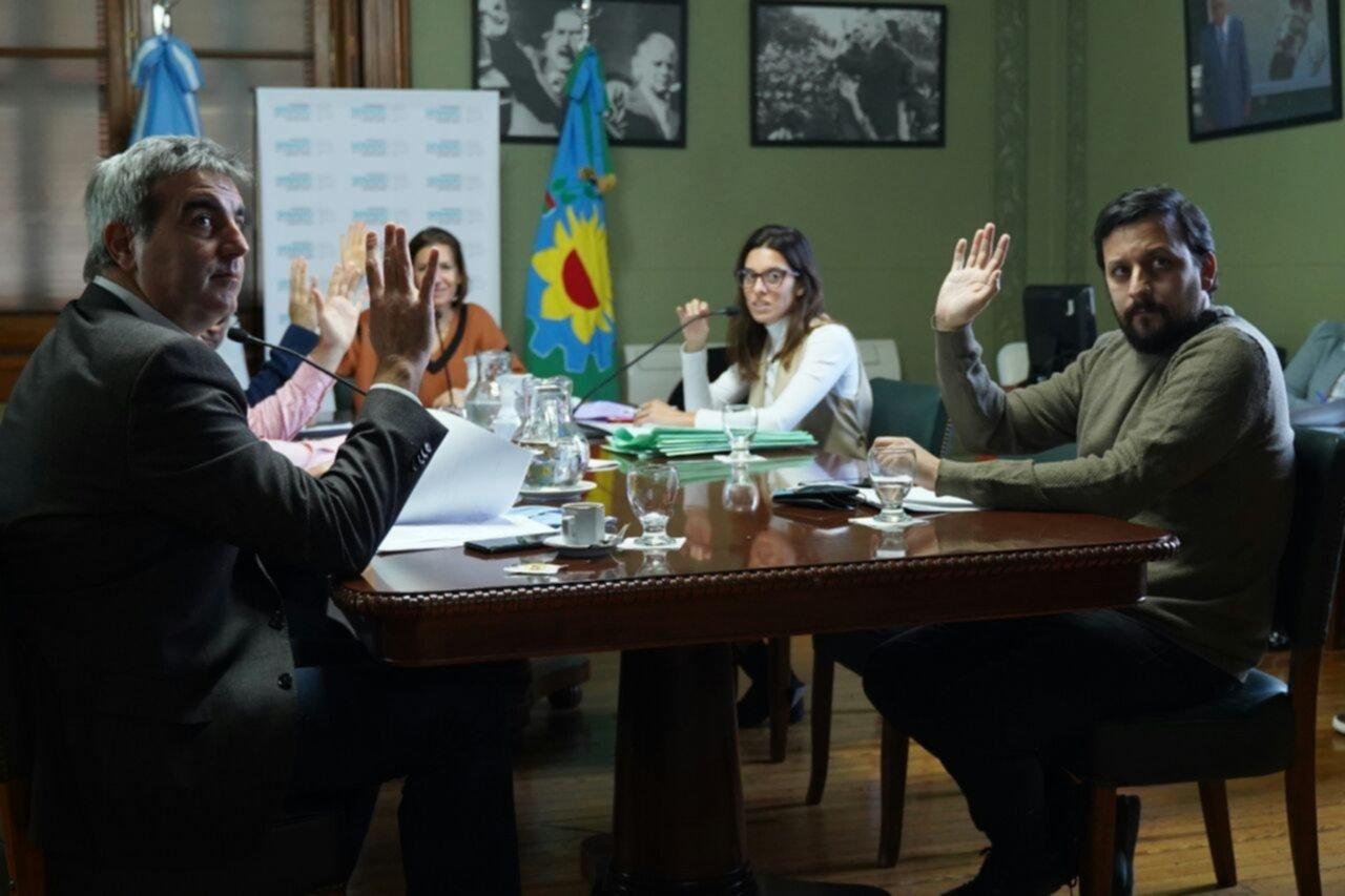 Endeudamiento: el oficialismo en el Senado abre fuego contra Vidal