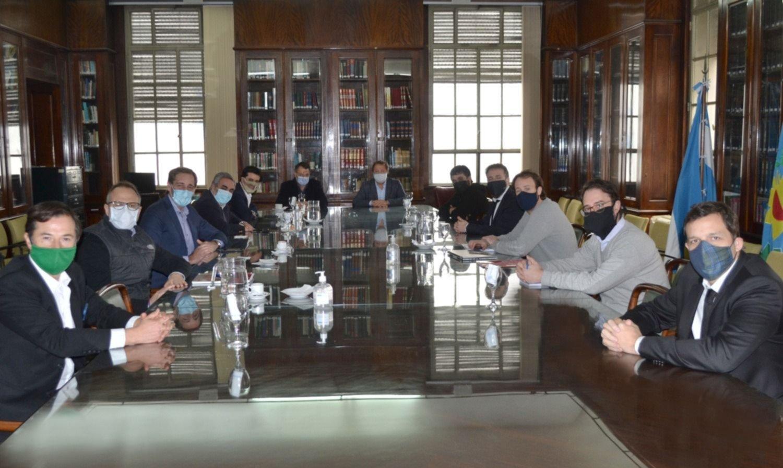 Kicillof tendrá su endeudamiento: los puntos que allanaron el acuerdo