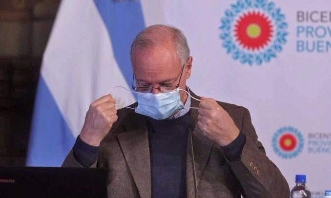 """Gollan puso en duda la temporada de verano: """"Es inimaginable sin vacuna"""""""