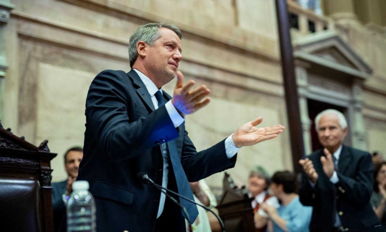 Lanzan candidatura presidencial del rey de la rosca y el optimismo: Monzó 2023
