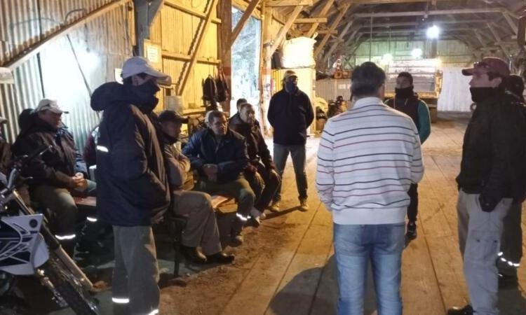 Ramallo: un paro extendido de municipales golpea la gestión de Perie