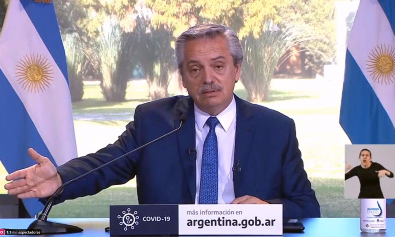 """Fernández extiende el aislamiento y se defiende: """"Esto no es autoritarismo"""""""