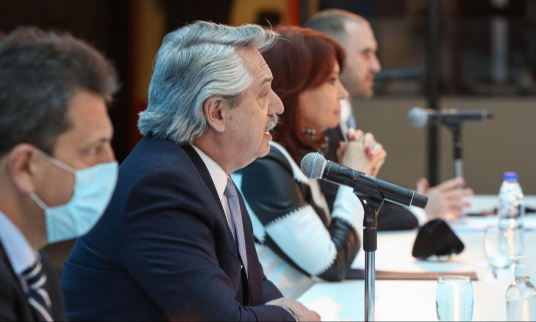 En días de sismo, el Gobierno abroquela su alianza y mueve su agenda positiva