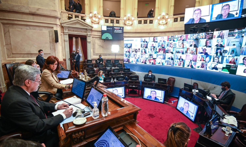 Primero a Massa y ahora, a CFK: Cambiemos judicializa el Senado