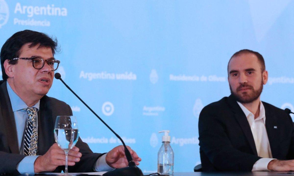 Una propia y una ajena: al Gobierno se le complican dos paritarias clave