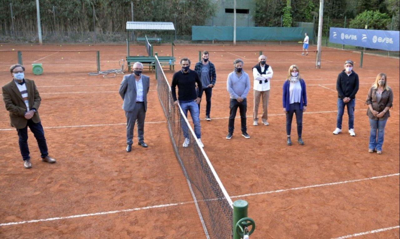 Zamora y Mariano Zabaleta supervisaron el protocolo para el regreso del tenis