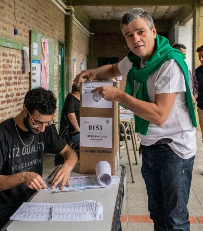 Arrasó Zavaleta en Hurlingham: fue reelecto con más del 54% de votos