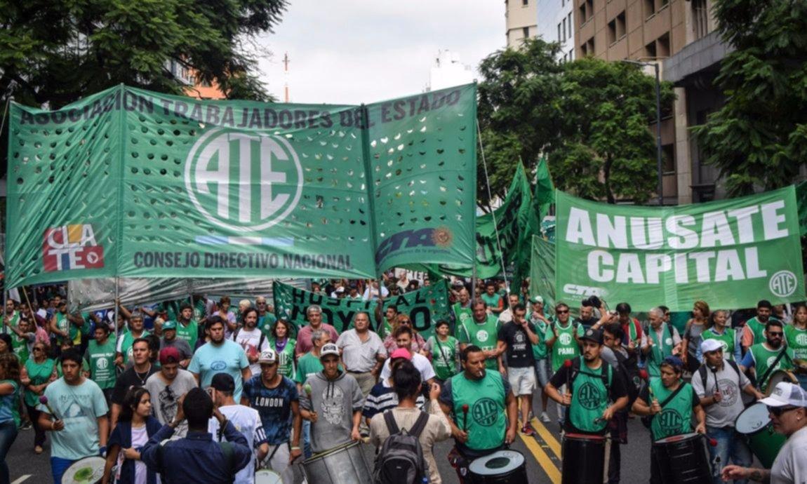 """ATE rechaza la oferta salarial del Gobierno: """"Es un baldazo de agua fría"""""""