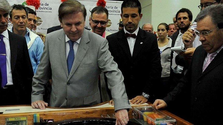 Gestión Scioli: confirman juicio por millonario desfalco en Lotería