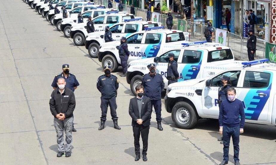 Kicillof y Berni entregaron 60 patrulleros en Esteban Echevarría