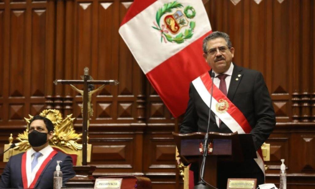 Asumió el titular del Congreso tras la destitución exprés de Vizcarra