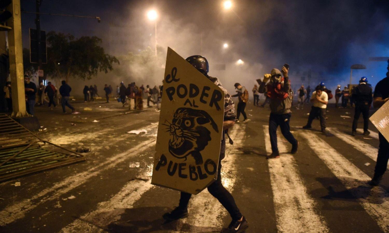 Acefalía en Perú: el juicio político como arma en la lucha por el poder